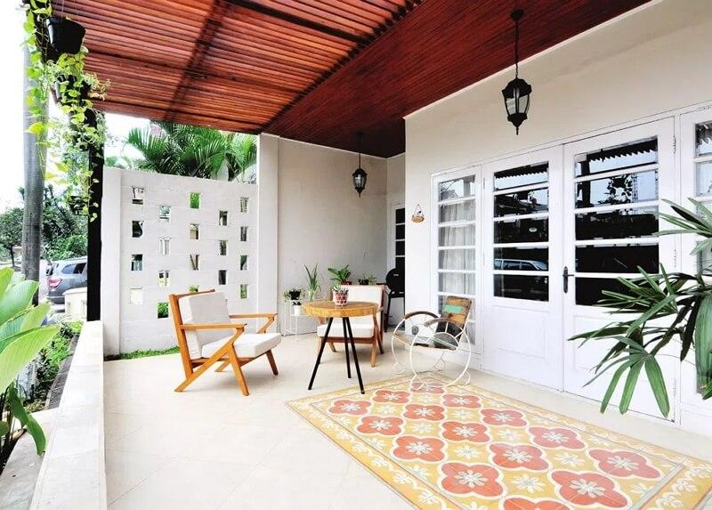 Teras Rumah Minimalis Sebagai Ruang Tamu 1